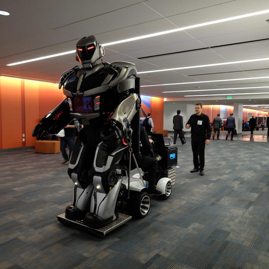Laser_Components_-_Giant_Robot.jpg